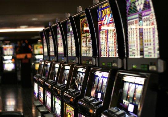 Стань королем автоматов онлайн с казино Космолот на kazino-vulcan-grand.co