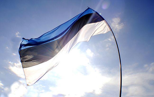 На авиабазу Эстонии на учения прибыли 12 американских истребителей