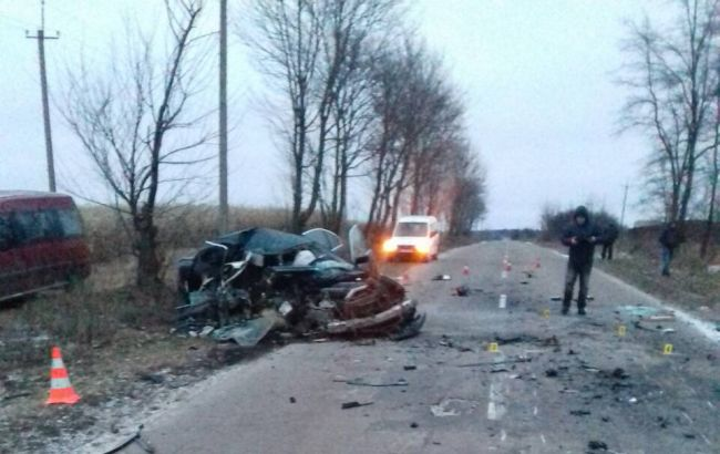 В Ровно в ДТП погибли 2 человека, еще один травмирован