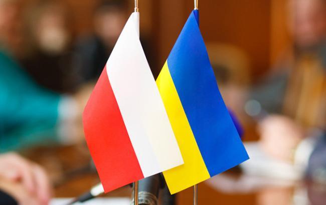 В Польше нет десятков тысяч беженцев из Украины, - консул