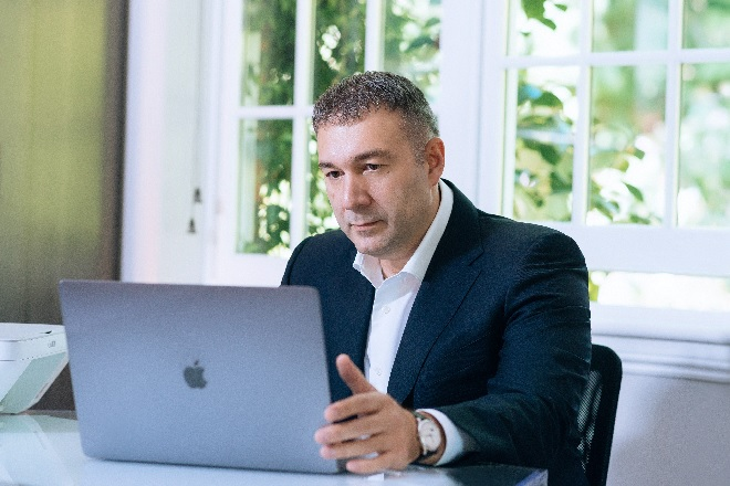 Дмитрий Леус: про финансы и экономику