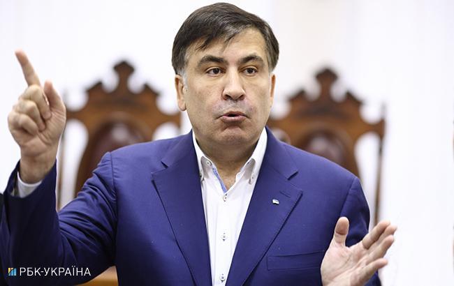 Саакашвили заявил, что сегодня в отношении него проходят три судебных заседания