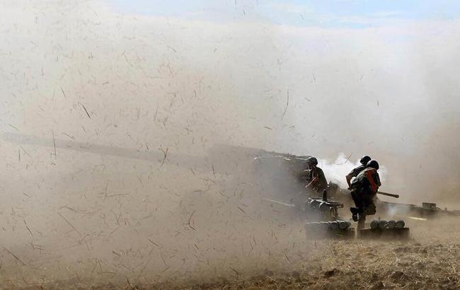 Боевики на Донбассе впервые за время перемирия применили артиллерию