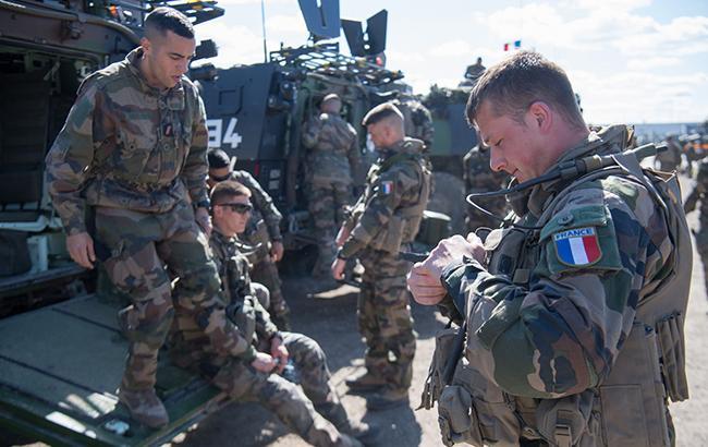 Батальон НАТО в Литве усилят 250 французских военных