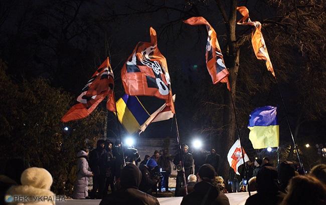 В Киеве прошел марш в честь погибшего на Майдане Жизневского (фоторепортаж)