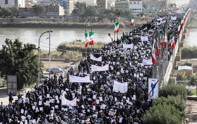 Протесты в Иране: власти заявили о 25 погибших на демонстрациях