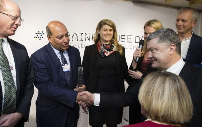 Давос-2018: Порошенко заявил о намерениях 80 компаний инвестировать в Украину