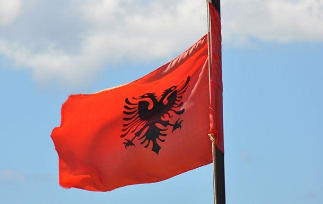 В Албании тысячи человек вышли на акцию протеста