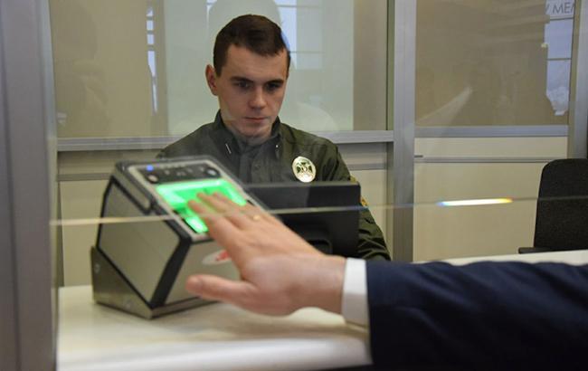 Более 15 тысяч россиян прошли биометрический контроль на украинской границе