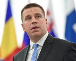 Премьер Эстонии поблагодарил Порошенко за исключение страны из списка офшоров