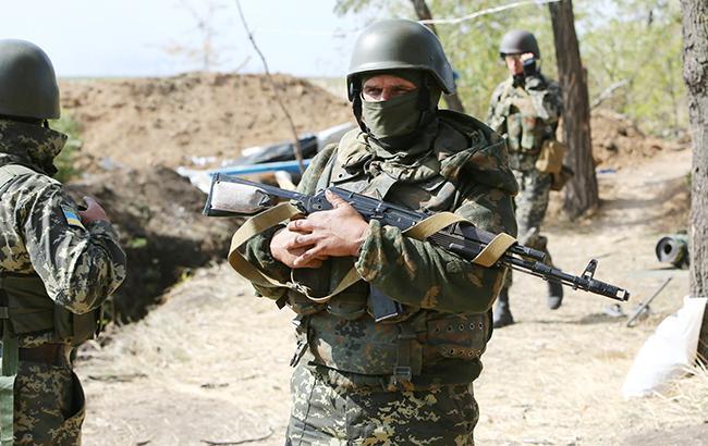 В зоне АТО один украинский военный получил боевую травму