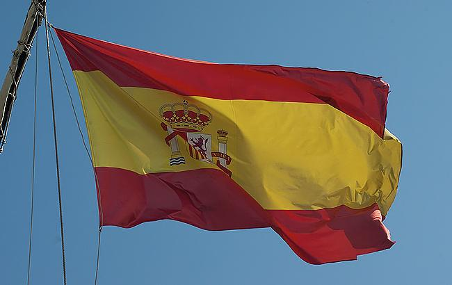 В Испании паром столкнулся с круизным судном