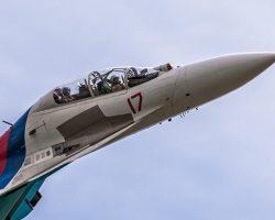 Опубликовано видео перехвата истребителем РФ самолета-разведчика США над Черным морем