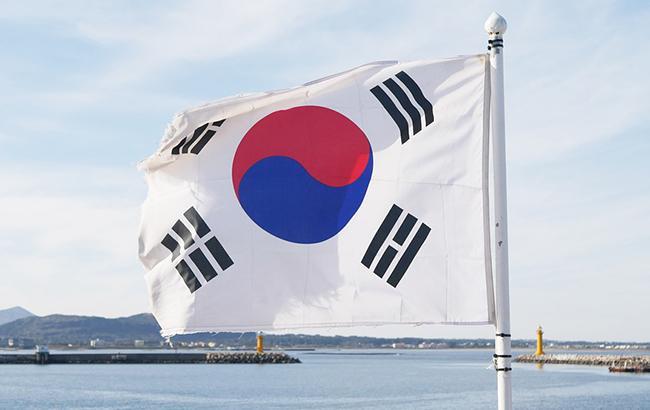 Южная Корея и КНДР начали первые за три года переговоры
