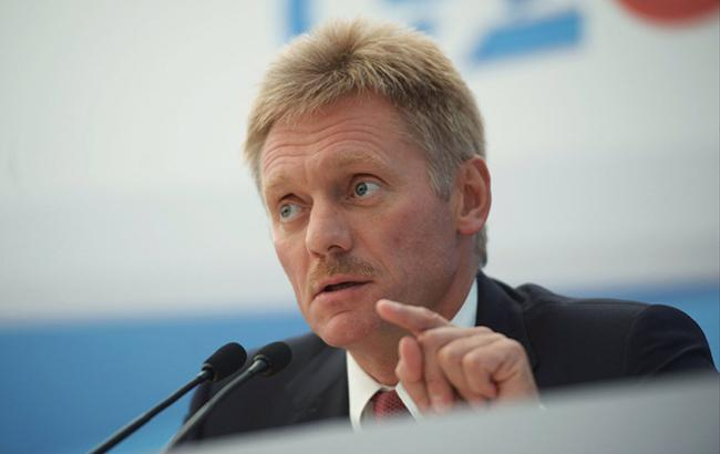 Песков назвал официальным предложение Украине забрать военную технику из Крыма