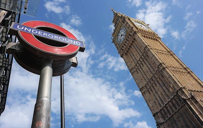 Дипломаты из США задолжали Лондону более 300 тыс. фунтов за год
