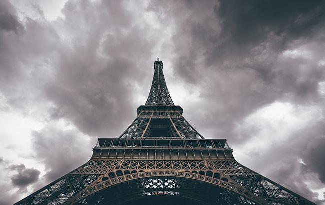 Из-за наводнения в Париже эвакуировано тысячу человек: видео