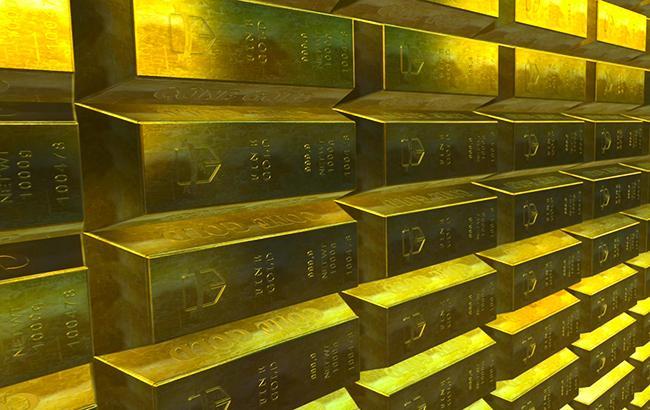 НБУ повысил курс золота до 376,35 тыс. гривен за 10 унций