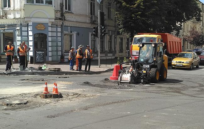 Компании из Одессы присвоили 100 млн гривен на строительстве дорог, - СБУ