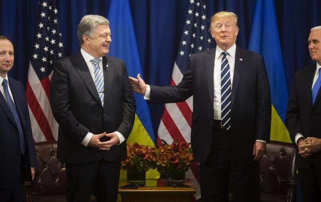 Давос-2018: Порошенко планирует обсудить с Трампом и Тиллерсоном поставки оружия