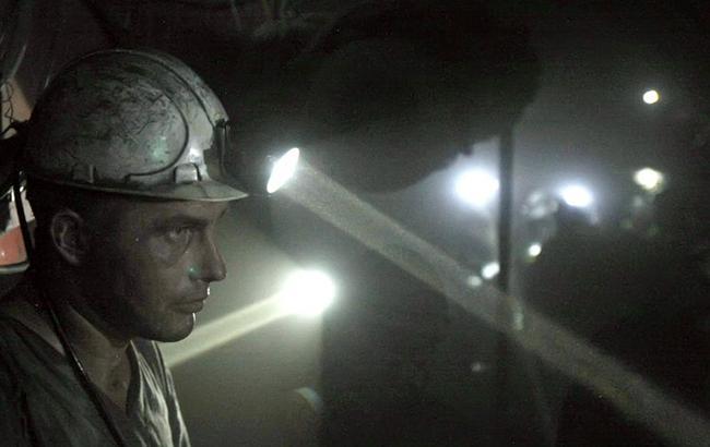 В ДНР боевики раздают шахтерам