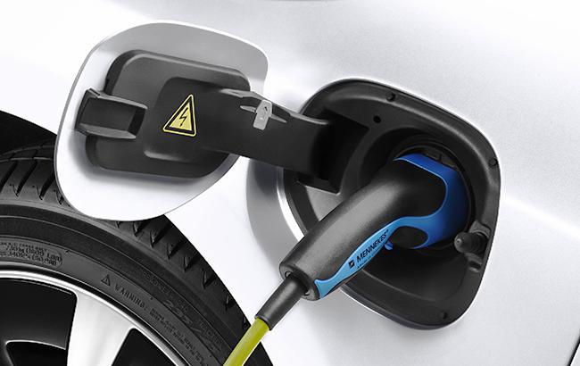 В Украине начали действовать льготы на ввоз электромобилей