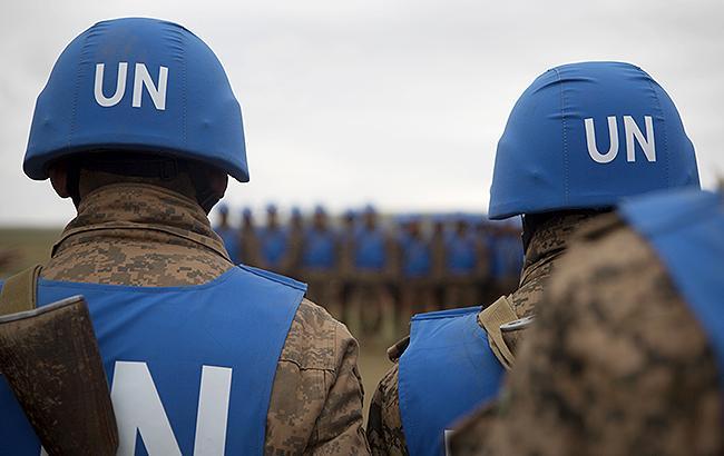 Порошенко рассчитывает на размещение миротворческой миссии на Донбассе в 2018 году