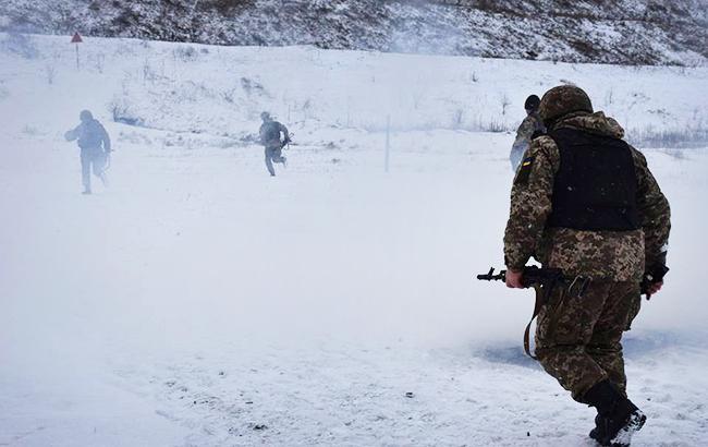 За прошедшие сутки в зоне АТО травмирован один украинский военный