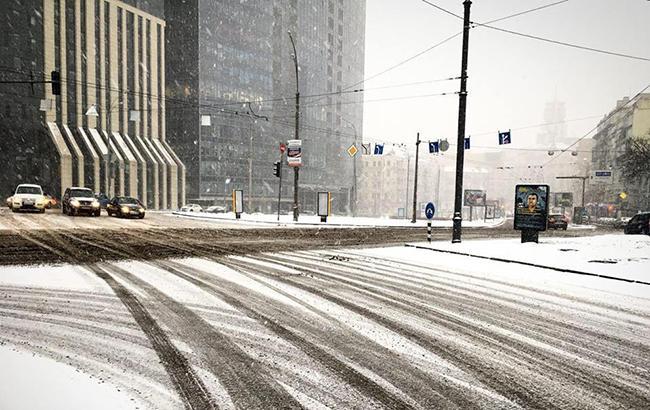 Погода в Киеве: синоптики предупреждают о гололедице на дорогах