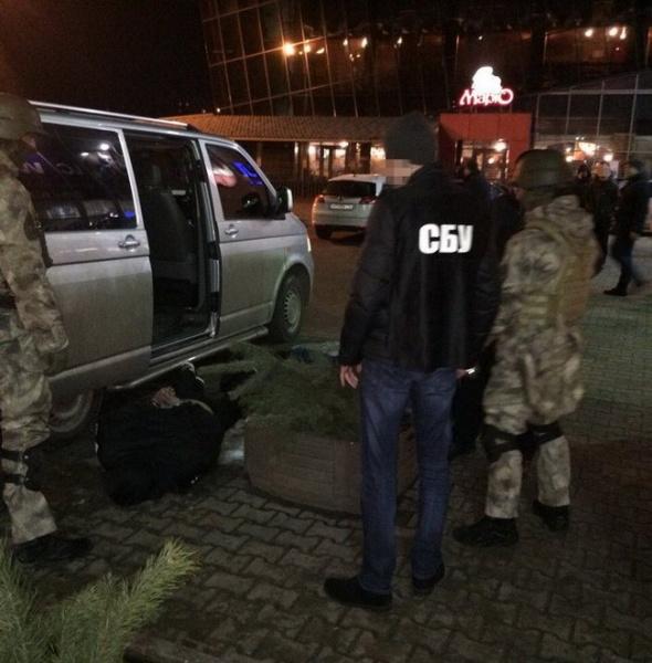 СБУ задержала в Житомире криминального авторитета, которого разыскивал Интерпол