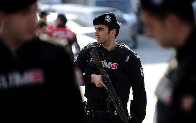 В Турции суд отменил решение об освобождении под залог руководителя филиала Amnesty International