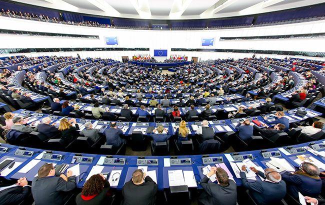 Европарламент утвердили правила сокращения выбросов углекислого газа