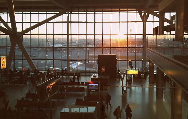 Аэропорт Лондон-Сити закрыли на неопределенный срок из-за бомбы времен Второй мировой