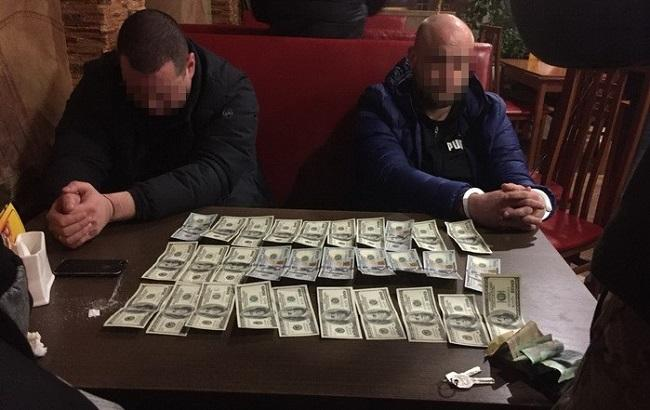 На Волыни на взятке задержали сотрудника СБУ