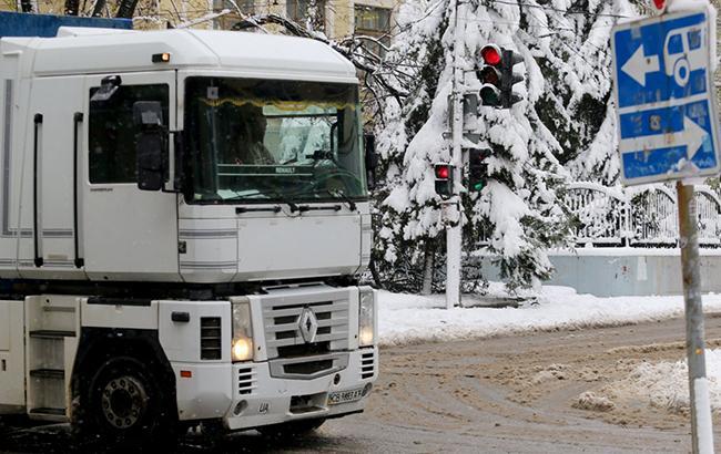 Непогода в Украине: в Винницкой области ограничили движение грузовиков