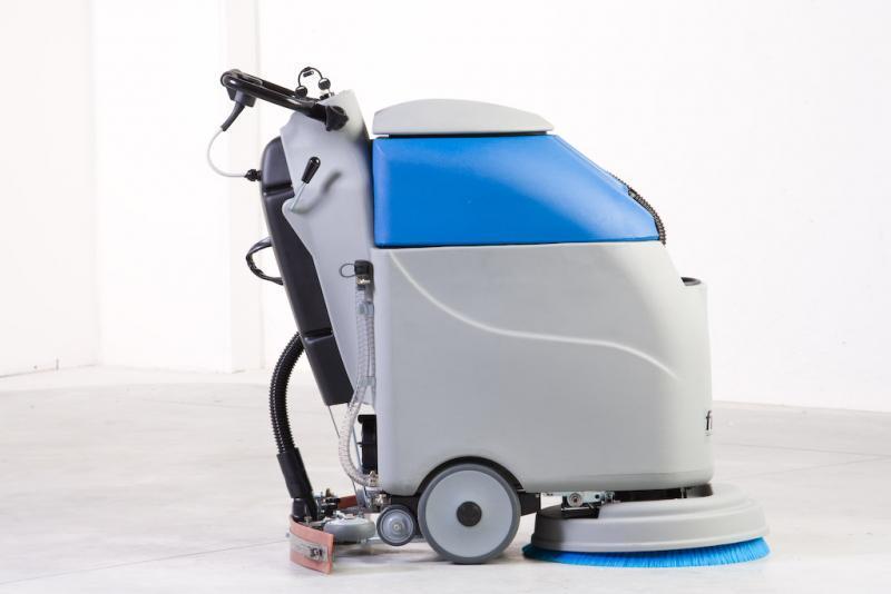 Аккумуляторные поломоечные машины — залог чистого пола