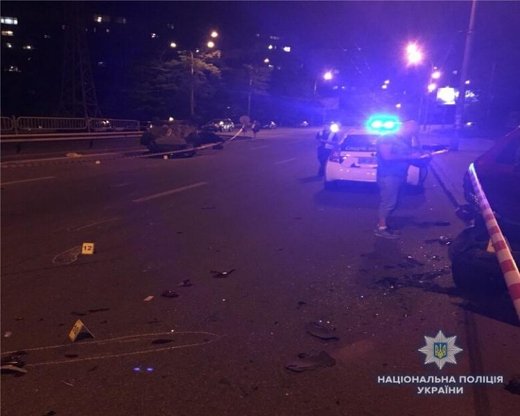 В Киеве произошло смертельное ДТП возле станции метро