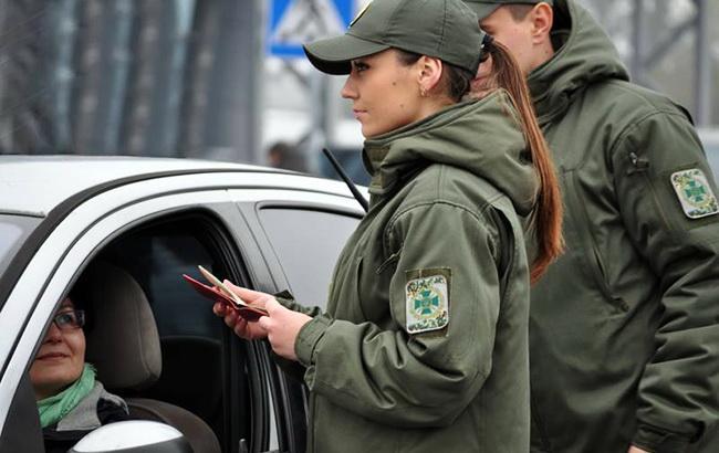 Въезд в Украину за посещение Крыма и ОРДЛО запретили 740 иностранцам