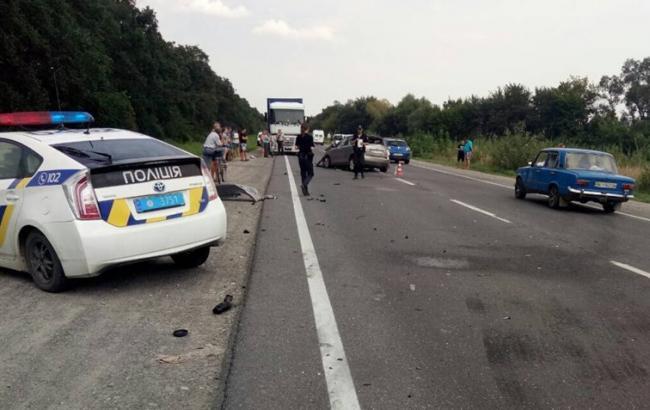 В результате ДТП во Львовской области пострадали 5 человек