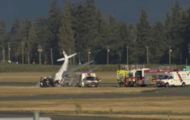 В Канаде при крушении ретро-самолета пострадали 5 человек