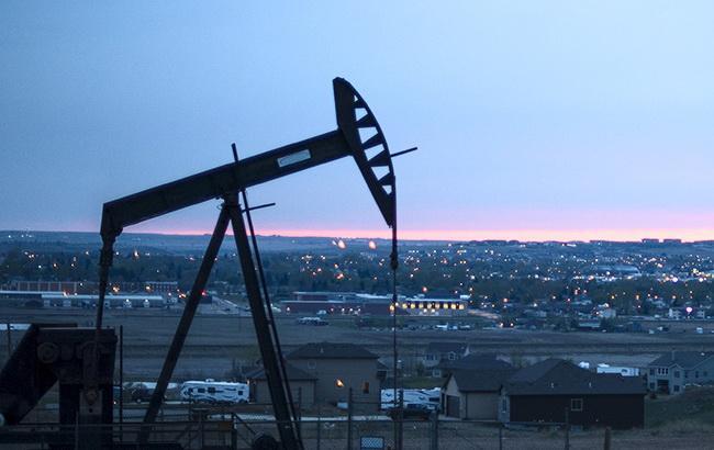Цена нефти Brent опустилась ниже 80 долларов за баррель