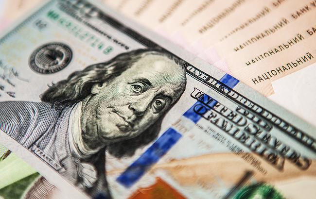 НБУ понизил справочный курс доллара до 28,20 грн/доллар