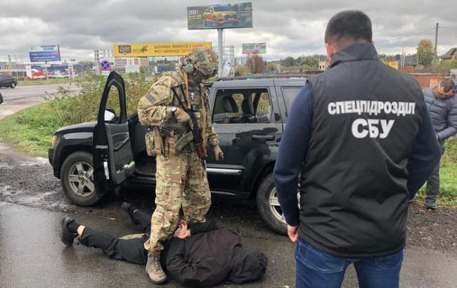 СБУ задержала банду, которая продавала оружие в разных регионах Украины