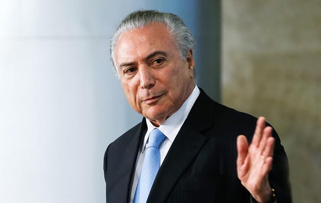 Глава Бразилии поздравил новоизбранного президентом Болсонару с победой