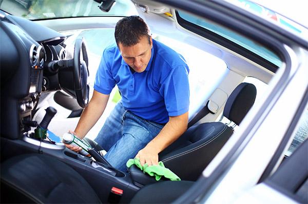 Как правильно ухаживать за салоном автомобиля