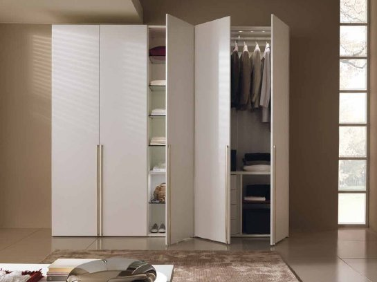 Как выбрать одностворчатый шкаф в спальню?