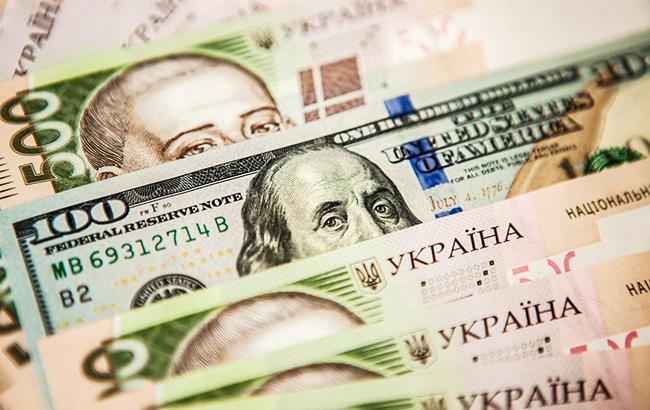 НБУ понизил справочный курс доллара до 28,13 грн/доллар