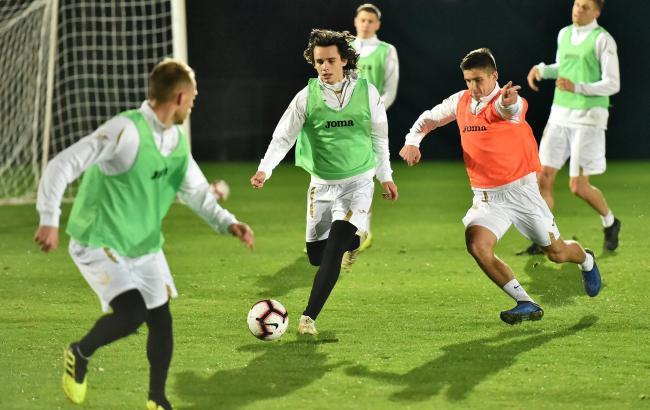 В сборной Украины при Шевченко дебютировали 20 игроков