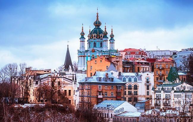 В Киеве во второй половине дня ожидается мокрый снег и гололедица