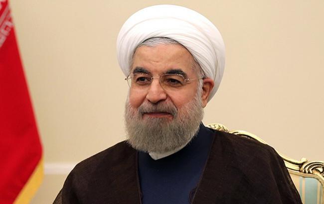 Иран будет с гордостью обходить санкции США, - Рухани